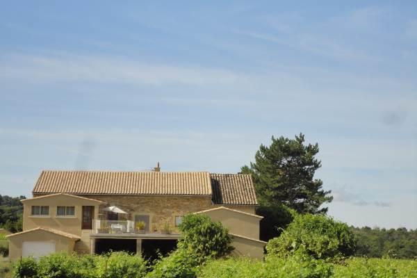 Arrière de notre maison vu du gite en arrivant de Mirabel