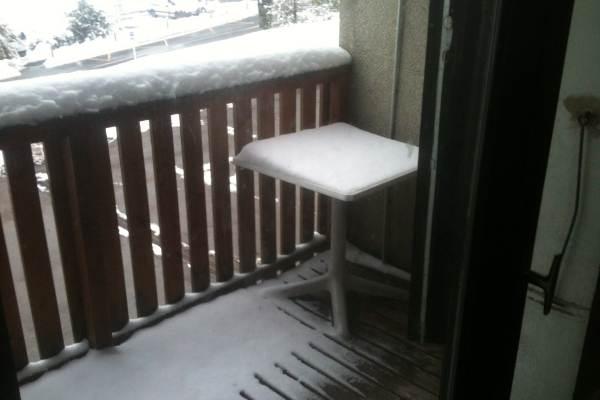 petit balcon (avec table)