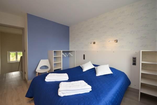 Chambre étage 2 personnes 160X200 cm
