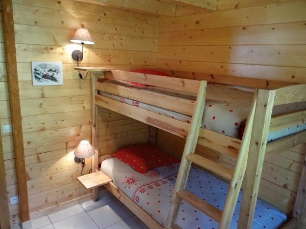 Chambre 2 lits superposés / rdc