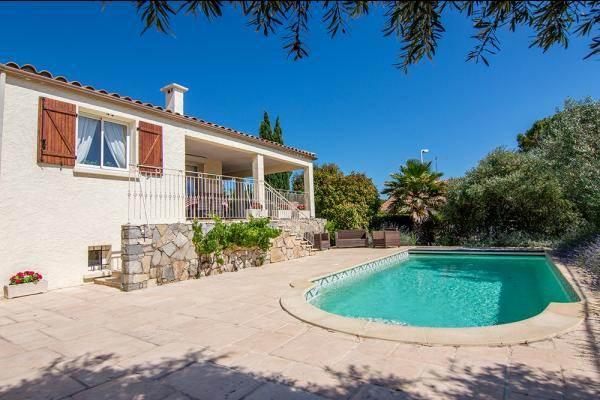 BO-085 Belle villa avec piscine