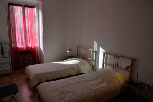 Chambre avec 2 lits de 90 cm