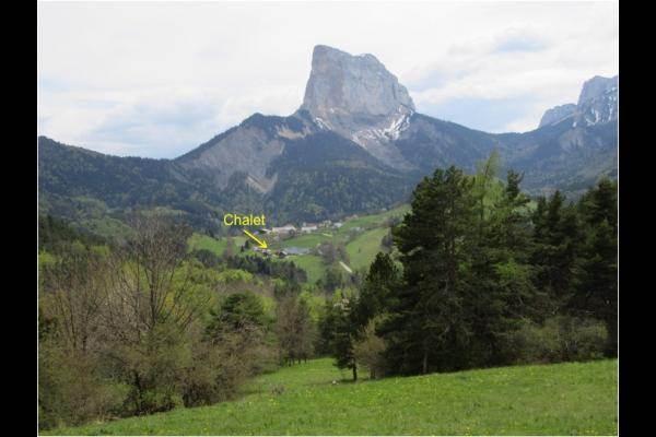 Chalet près de Gresse en Vercors - Hameau de La Bâtie au pied du Mont Aiguille