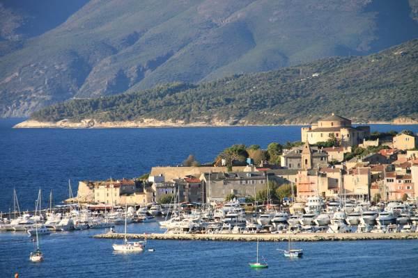 Port de plaisance de St Florent.