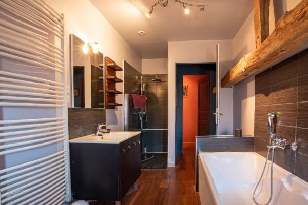 salle de bain étage, wc séparés