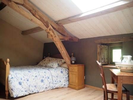 chambre lit deux places à l'étage