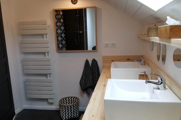 SDB + WC à l'étage