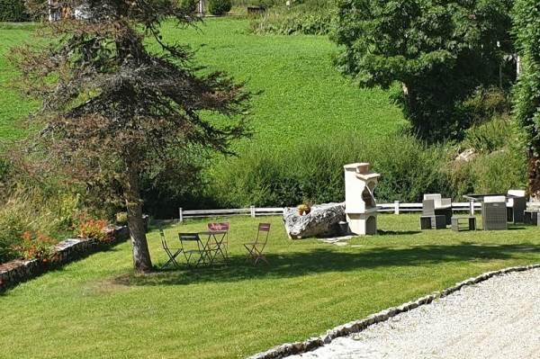 Jardin côté rivière La Valserine