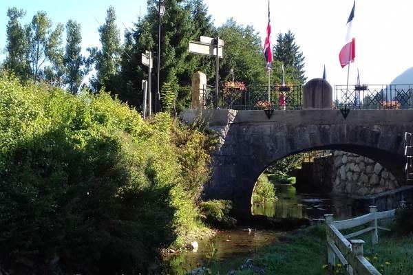 Pont Charlemagne