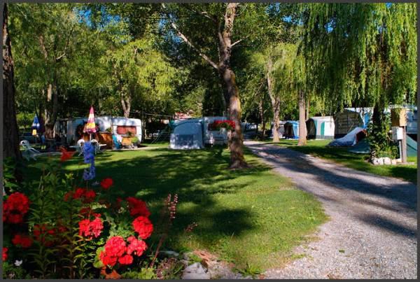 Camping les Prés VEYNES