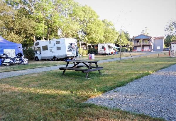 Emplacement camping car, caravane