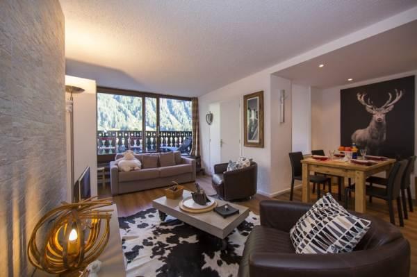Argentiereprofitez dun séjour au ski unique grâce à ce magnifique appartement avec balcon et une vue fabuleuse situé à seulement 300 mètres des