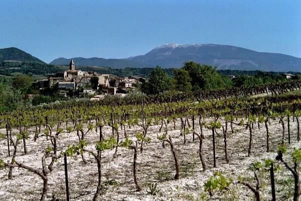 Le village de Mirabel-aux-Baronnies