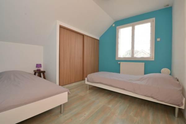 """Chambre étage pour 2 personnes (2 lits) Location """"Ma Deuxième Maison"""""""