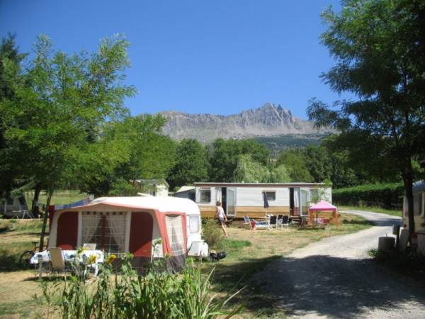 CAMPING LE GRAND PRE CHORGES