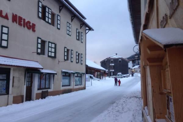 Le crêt sous la neige