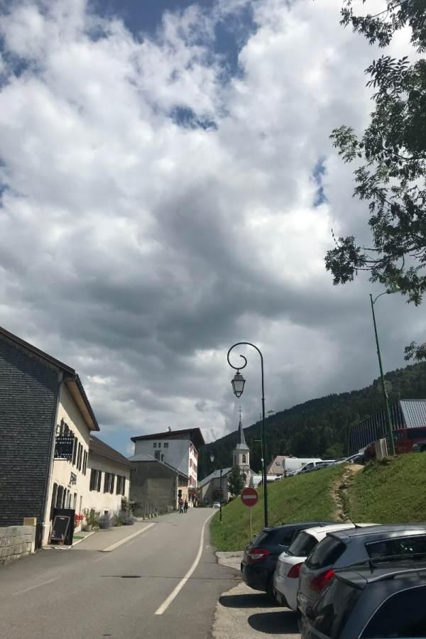 """Le Crêt de la Neige """"L'Epervière"""" Lélex en été"""